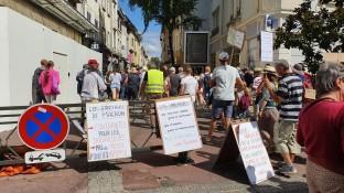 un-peu-plus-de-1-000-manifestants-ont-ete-recenses-en-centre-ville-aux-alentours-de-15-heures-photo-progres-catherine-aulaz-1630155917
